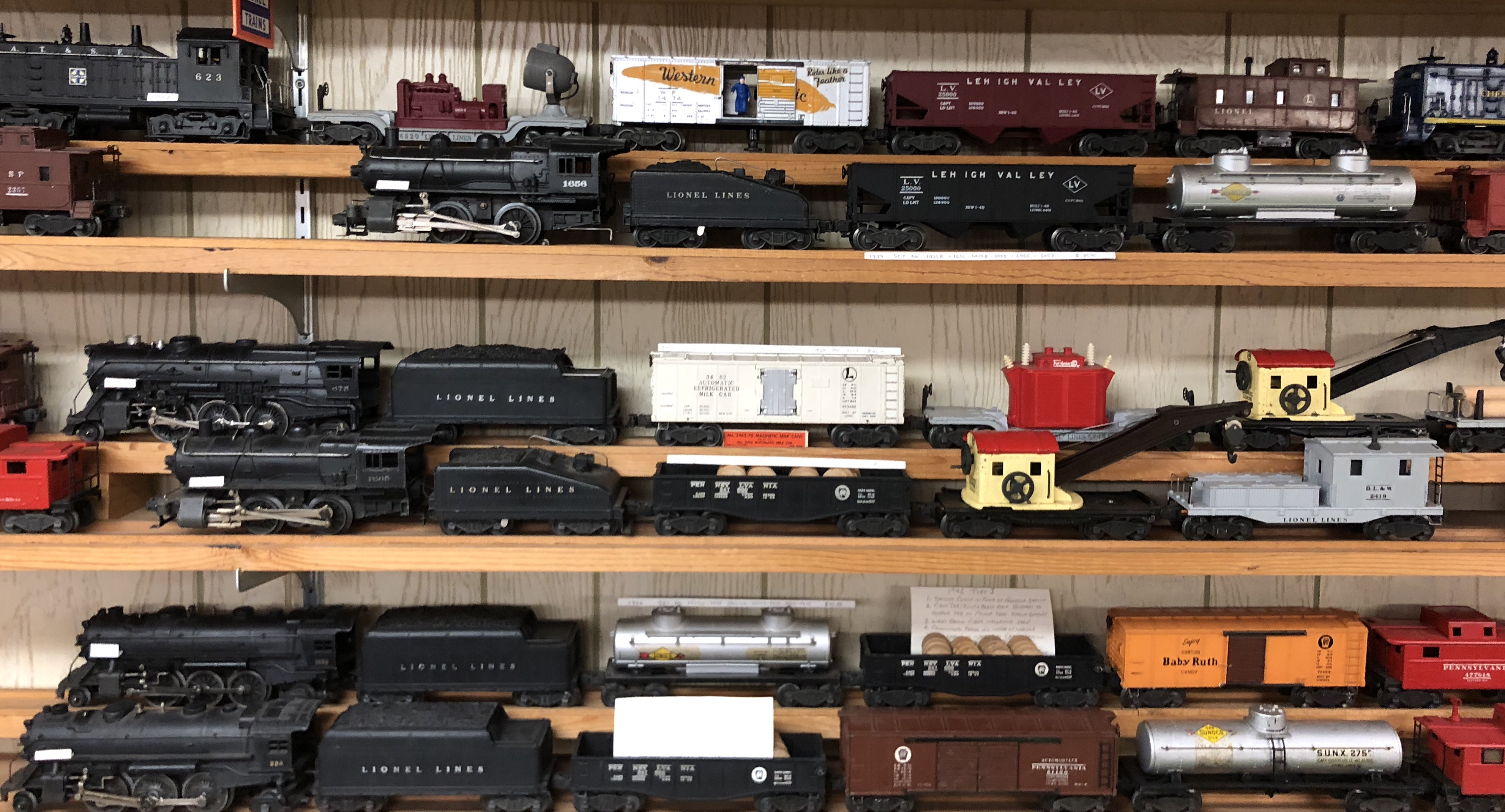 Lionel And Other O Scale O Gauge Trains